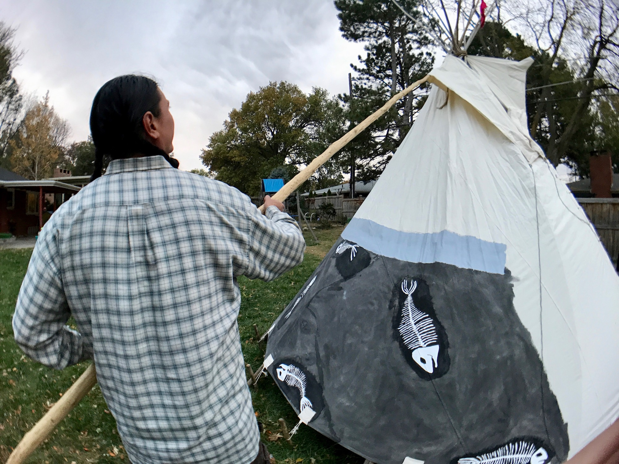 indianz com u003e lakota man dreams of building tipis in whiteclay to
