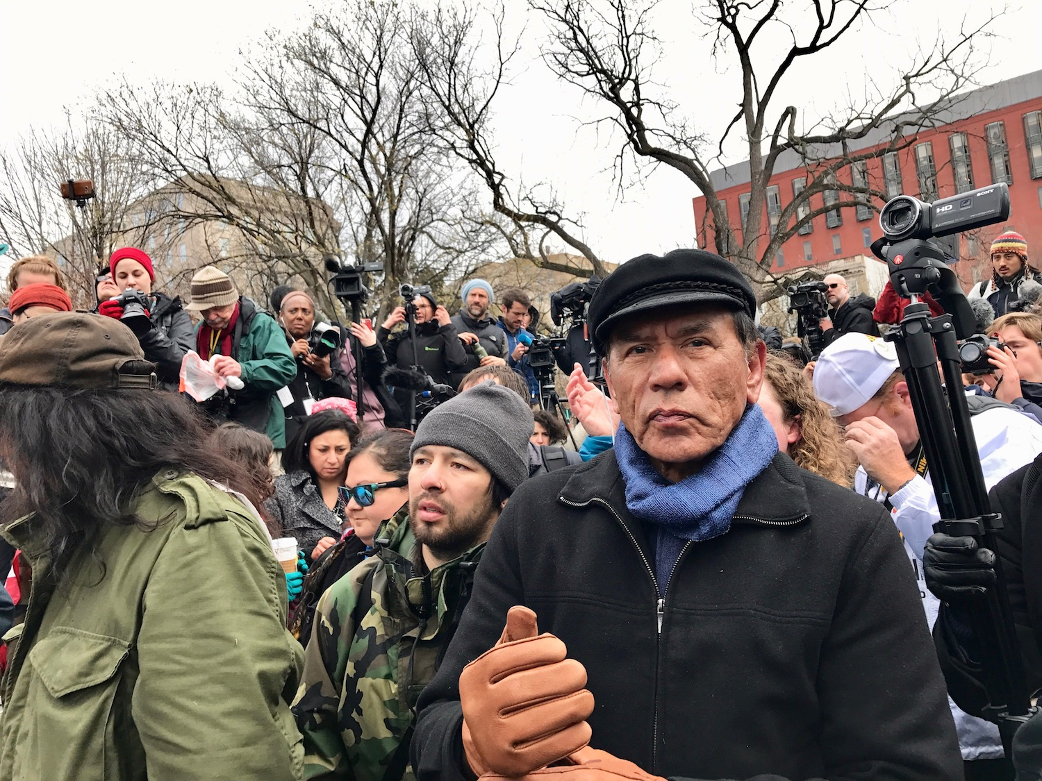 Cherokee actor Wes Studi selected as presenter for Oscar ceremony