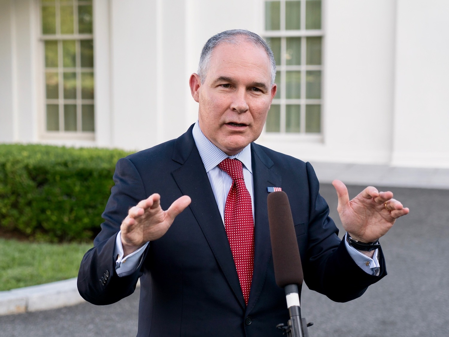 'Good riddance': Scott Pruitt steps down at Environmental Protection Agency