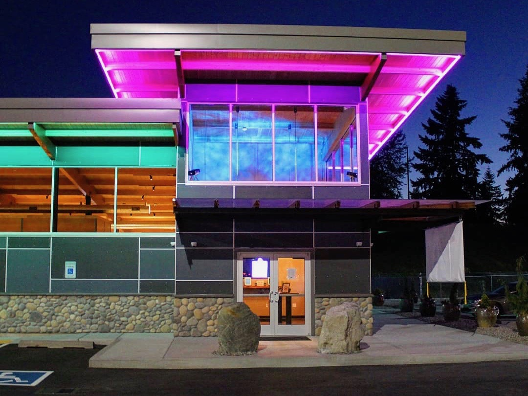 Muckleshoot Tribe debuts marijuana outlet with drive-through window