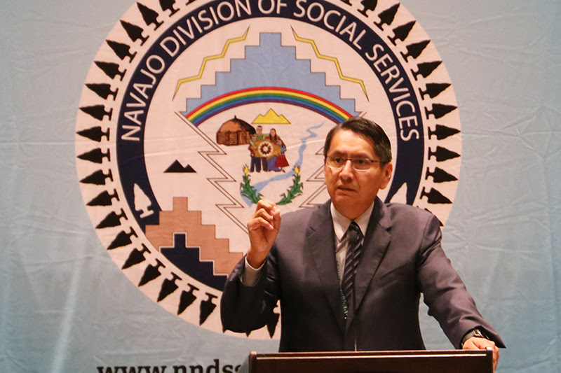 Navajo Nation voters oust incumbent in presidential primary