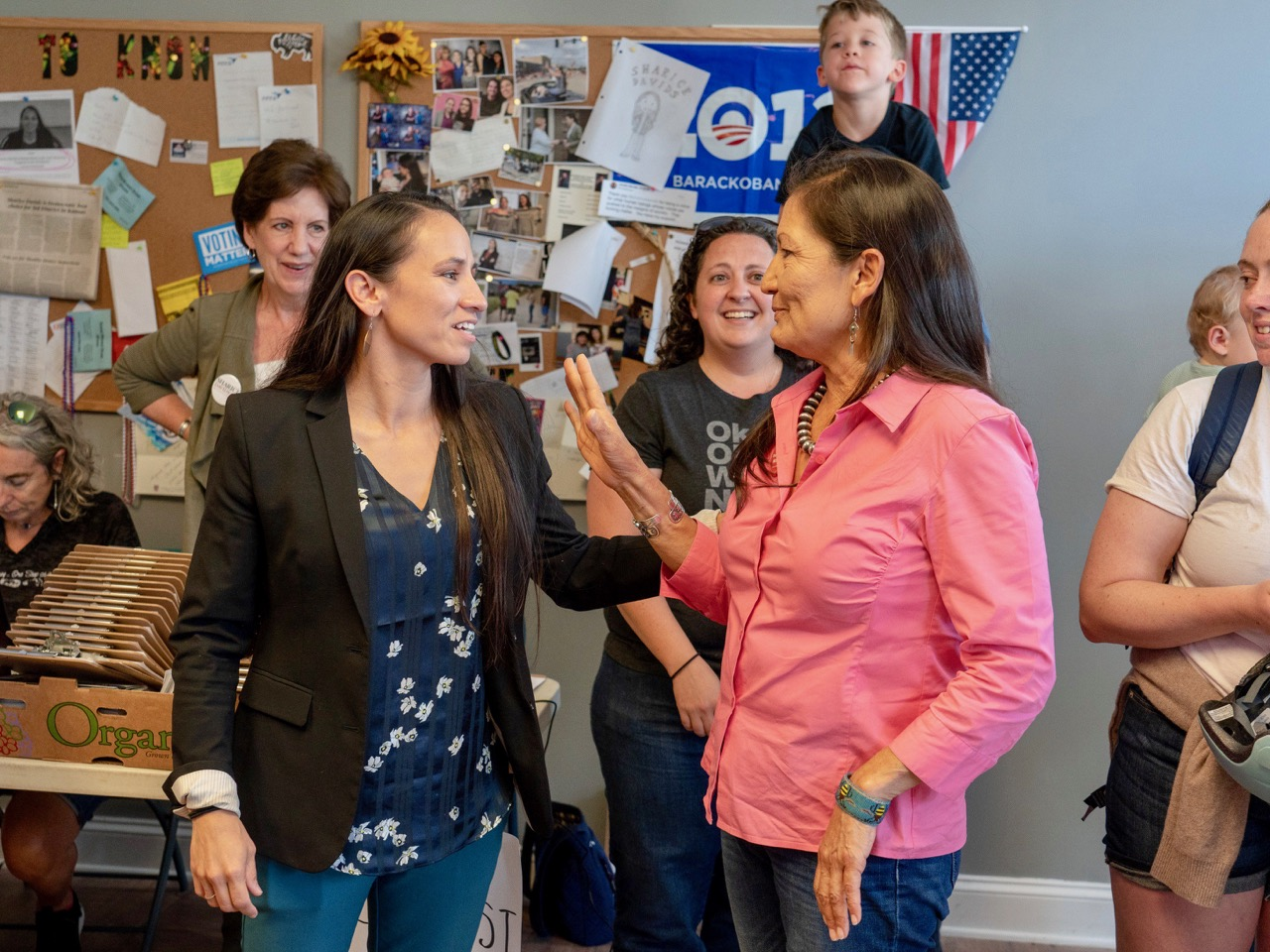 Native candidates for Congress see good news in final campaign stretch