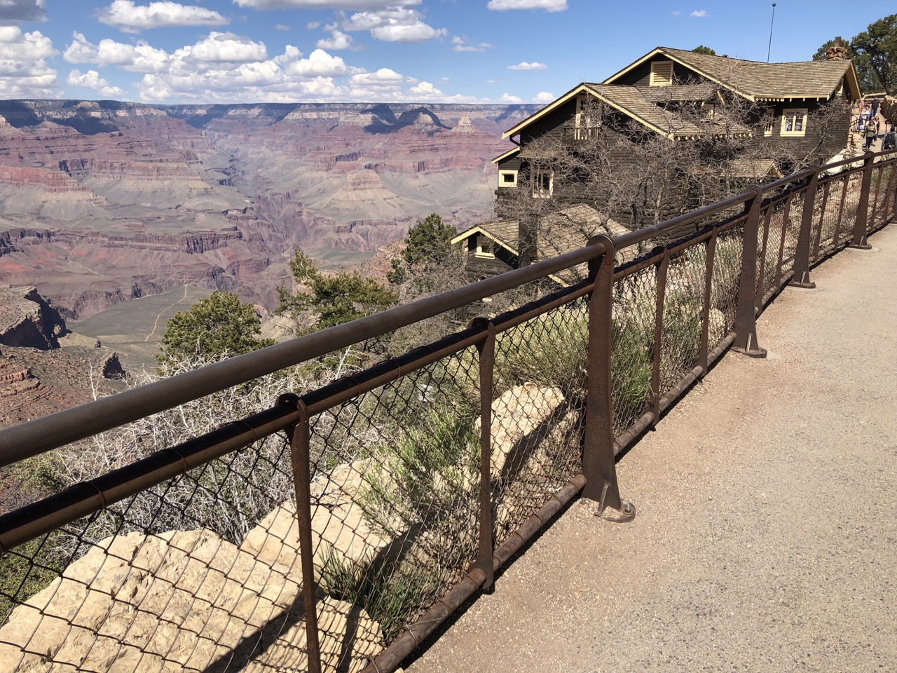 Cronkite News: Accidental fall leads to another fatality at Grand Canyon