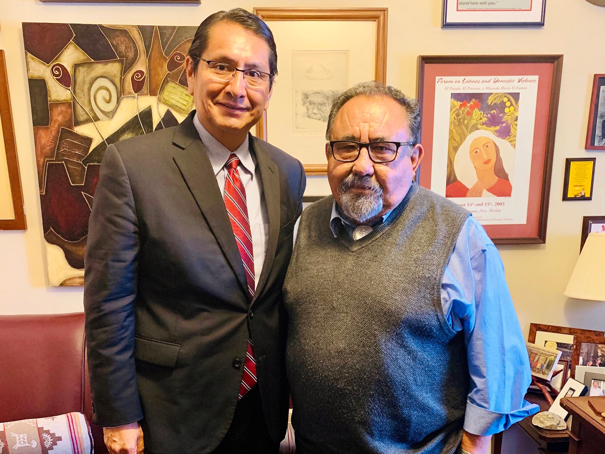 Navajo Nation welcomes key lawmaker to reservation for uranium mining forum