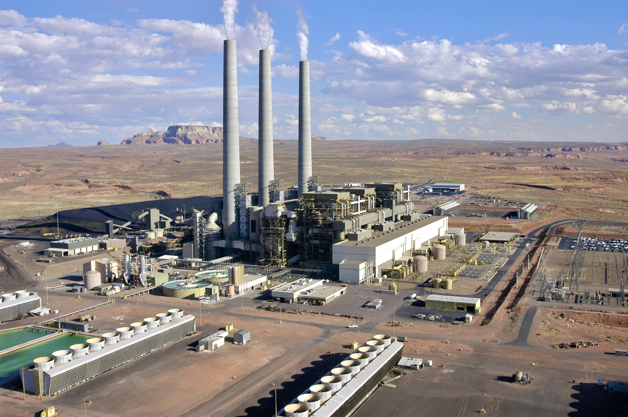 Navajo Generating Station, coal mine face years of breakdown, cleanup