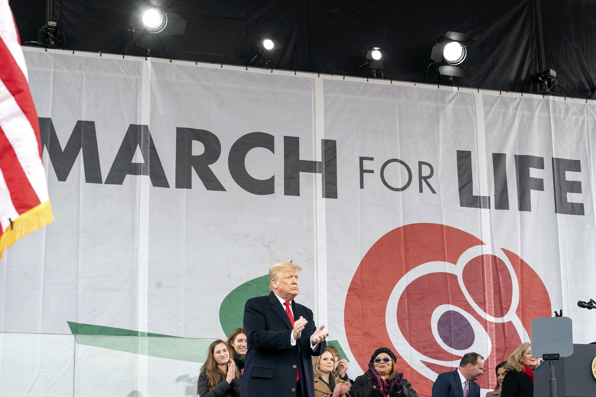 Arizonans join thousands – and, in a first, a president – at March for Life