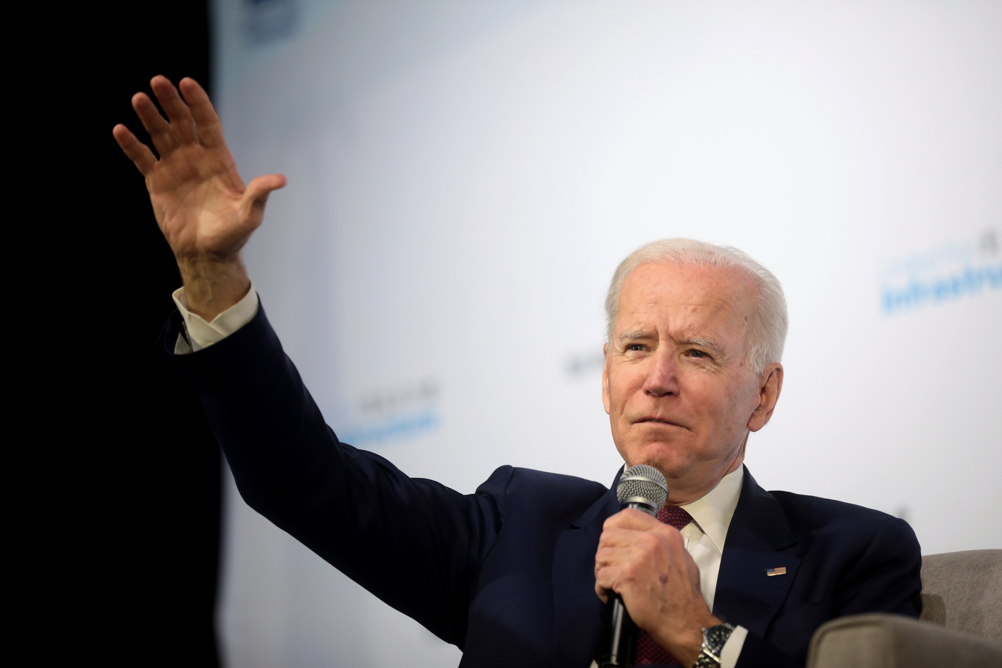 After clear victory in Arizona, Biden looks to be in control