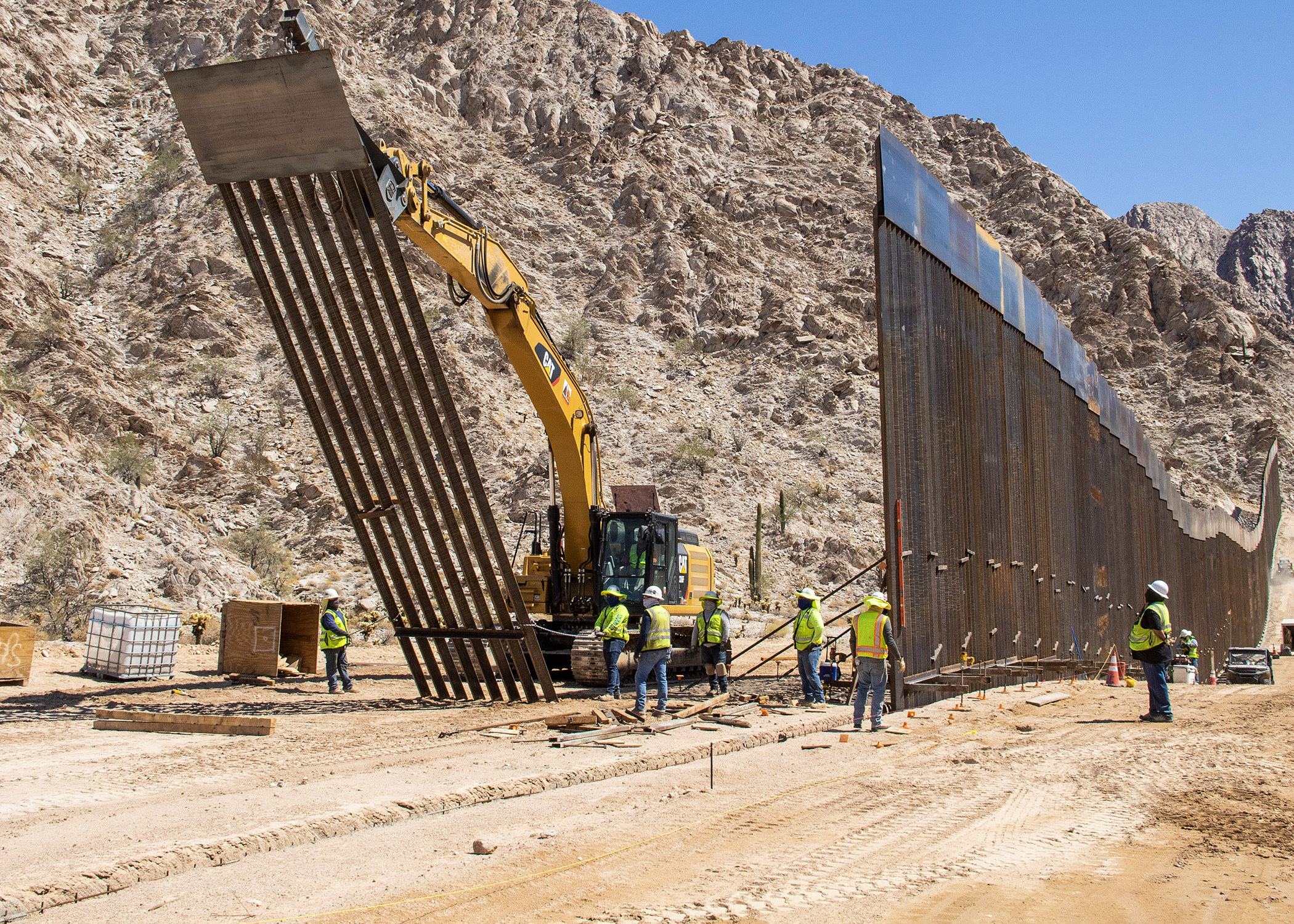 Border Barrier Construction: Yuma